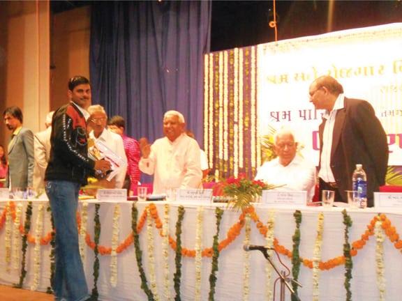 State Shramveer Award - 2009